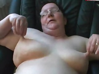 Fat mature wife fucked POV